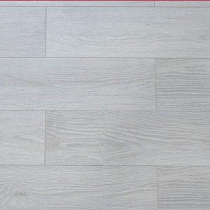 be mat san go egger pro 12mm epl 131 chiu luc e1585191326619 300x300 - Sàn gỗ Egger 12mm EPL131