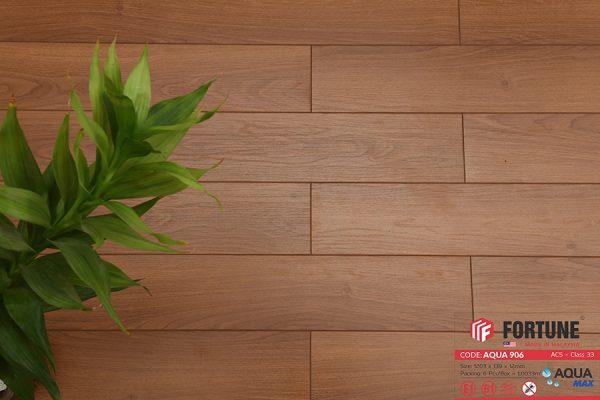 FLI 906 3 600x400 - Sàn gỗ Fortune 906 12mm