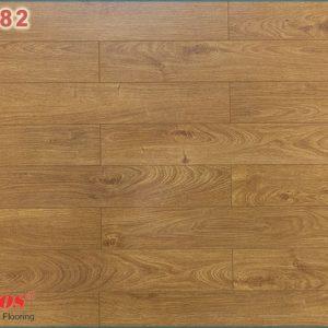 san go kosmos new kb 1882 300x300 - Sàn gỗ Kosmos 1882 12mm