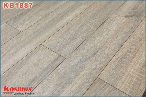 san go kosmos new kb 1887 1 600x399 - Sàn gỗ Kosmos 1887 12mm