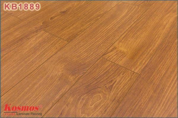 san go kosmos new kb 1889 1 600x399 - Sàn gỗ Kosmos 1889 12mm